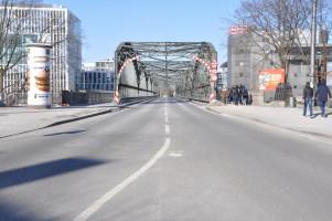 Hackerbrücke, auf dem Weg der Revolutionäre von 1918 in die Innenstadt