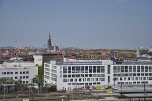Blick vom Dach, Fernsehturm, BMW Vierzylinder, St. Johann Baptist, St. Elisabeth