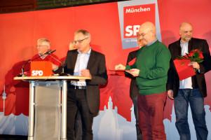 """Thomas Rottenkolber aus dem Ortsverein Haidhausen, geehrt mit der """"Thomas-Wimmer-Medaille"""" der SPD München"""