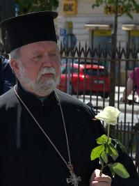Malamoussis Apostolos, Griechisch-Orthodoxe Metropolie von Deutschland mit einer weißen Rose