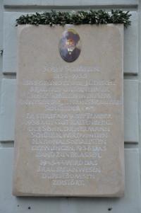 Gedenktafel an der Einsteinstraße 42