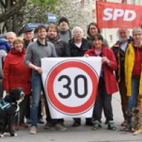 SPD Fraktionsmitglieder aus Au und Haidhausen in der Lilienstraße